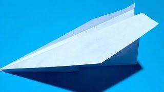 Як зробити літак з паперу своїми рукамиУ цьому відео ми з Вами дізнаємося, як зробити паперовий літак. Цей літак чудово і дуже далеко літає. Це прекрасна саморобка своїми руками для школярів та дорослих! Просто повторюйте за нами і у Вас вийде відмінний літаючий аероплан (літачок, літак, планер і т.д).Опис відео:00:05 Нам знадобиться звичайний аркуш паперу А4 або лист зі шкільного зошита, газети, журналу ...00:34 Згинаємо два верхніх кута до центру.1:01 Трохи відступаємо місця і згинаємо верх до низу1:27 Знову згинаємо краю до центру1:53 Загортаємо центральний уголочек2:13 І згинаємо літачок по центру2:29 Тепер робимо крила3:04 Ось такий відмінний паперовий літак у нас вийшов! Він дійсно відмінно літає!Підписуйтесь на наш канал «Розумна дитина»(YouTube канал Розумна Дитина):https://www.youtube.com/channel/UCpKlZnl88hGmT363eG4mtEgДивіться, як зробити класну паперову іграшку у вигляді гармошки (Орігамі райдужна пружинка, орігамі «Райдуга») тут: http://youtu.be/itETbru8OYMЯк зробити голуба з паперу дивіться тут: http://youtu.be/pxeab6l5YcMЯк зробити гарний конверт відео урок тут: http://youtu.be/6lKJFnx50BsОрігамі паперова жаба (жабка), що стрибає http://youtu.be/ts5fxLkWhpMЯк зробити паперового зайця (кроля, кролика) орігамі: http://youtu.be/GE1XaSauY4k