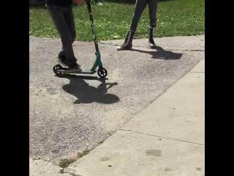Cross foot whip (видео)
