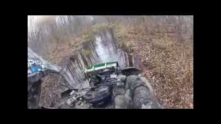 11. 2012 Yamaha Grizzly 550 EPS - Getting Dirty
