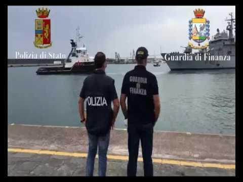 Polizia e Finanza: arresto dello scafista