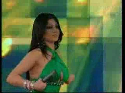 fadiha hayfaa wahbi - voila la plus belle chanteuse orientale...