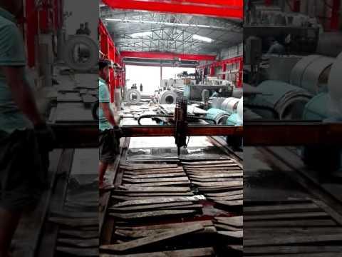 Gia công cắt CNC plasma tay vịn cầu thang - INOX HÀ KHÁNH