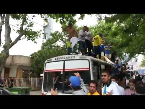 LA 12 LLEGANDO AL MONUMENTAL DE RIVER /// acaestalahinchada.blogspot.com.ar - La 12 - Boca Juniors