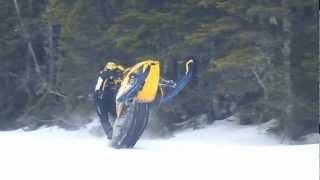 8. 2007 Mxz 600 Xrs Wheelie