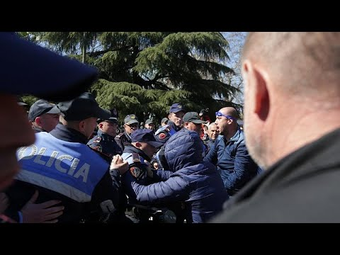 Albanien: Gewalt bei Protesten