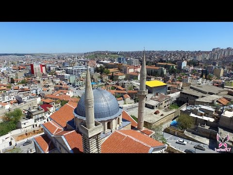 Tarihi Kurtuluş Camii / 4K havadan video