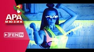 Alisia & Skandau vídeo clipe Моят рай (feat. N.A.S.O)