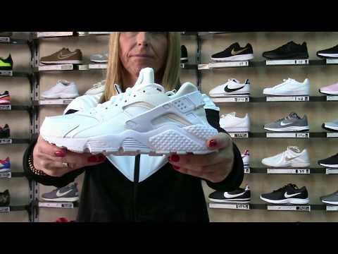 Modelos de uñas - Nike Huarache Run Mujer Baratas Negras y Blancas - Tienda Productos Nike Valencia 2019 -2020