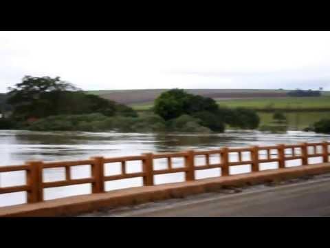 Rio Ivaí Ponte entre Paraíso do Norte - Rondon - Pr