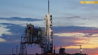 Due to an unknown issue just before liftoff, SpaceX aborted the Falcon 9 rocket launch with the Intelsat 35e sattelite from Launch Complex 39A (LC-39A) at NASA's Kennedy Space Center in Florida, on 4 July 2017, at 00:35 UTC (3 July, 20:35 EDT).Credit: SpaceX