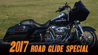 6. 2017 Harley-Davidson® FLTRXS - Road Glide® Special Vivid Black