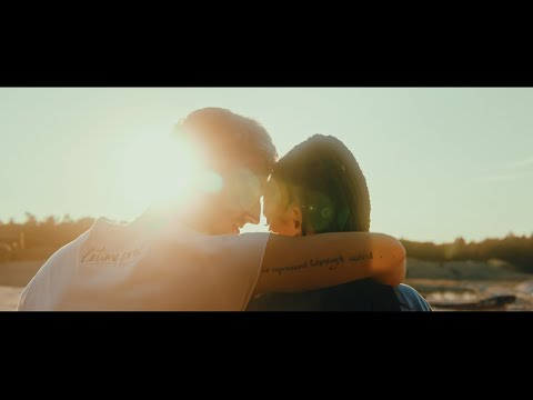LARA MORR - Letíme preč [Official Music Video]