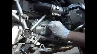 4. Gearbox oil change for BMW R1200GS