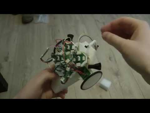 Robot with bio-inspired nervous system.