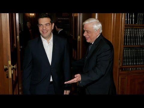 Την ανάγκη πολιτικής συναίνεσης στα μείζονα θέματα, εξέφρασαν ο ΠτΔ και ο πρωθυπουργός