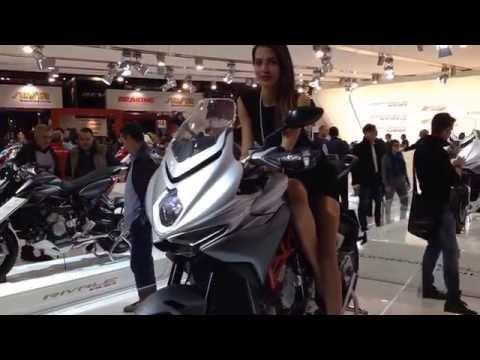 Vídeos de 'Vídeo EICMA 2014: Novedades MV Agusta'