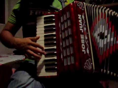 instruccional acordeon de teclas  ==mi casa nueva==