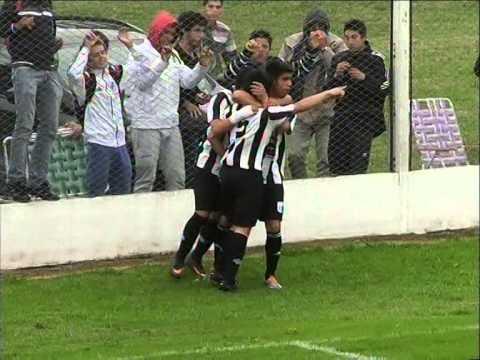 DEPORTES Fútbol y Basquet