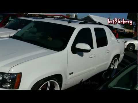 Chevy Avalanche Lowered on 26