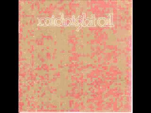 Tekst piosenki Midnight Oil - Head over heels po polsku