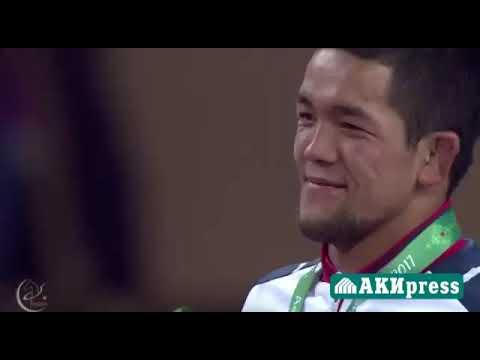 Награждение Чемпиона мира Студента ЖАГУ Калы Сулайманова Азербайджан