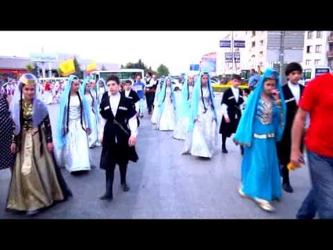 25.İnegöl Belediyesi Uluslararası Kültür Sanat Festivali Kortej Yürüyüşü