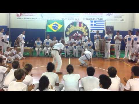 Capoeira Sou Eu - Troca de cordao graduada Minnie - Milan 2011
