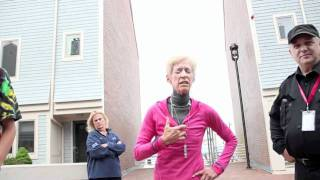 Hilarious Skateboarding Kickout-Crazy Lawyer Lady 1577330 YouTube-Mix