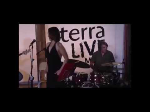 Chenoa - Hoy Sale El Sol (Live From Terra Live Music)