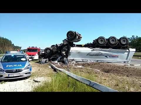 Wideo: Wypadek ciężarówki na S3 pod Lubinem