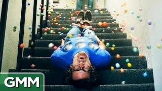 500 Bouncy Balls (Slo-Mo)