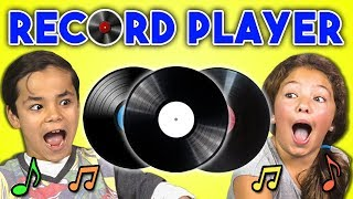 Video KIDS REACT TO RECORD PLAYERS/VINYL MP3, 3GP, MP4, WEBM, AVI, FLV Juli 2018