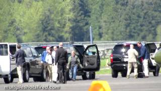 Arlington (WA) United States  City pictures : President Obama's motorcade at Arlington, WA airport