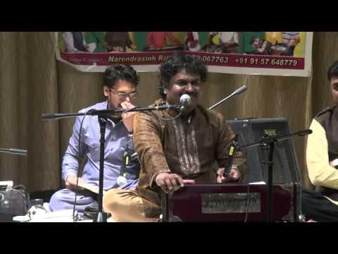 Video Pyaar Nahi Hai Sur Se Jisko - Osman Mir (America Show) download in MP3, 3GP, MP4, WEBM, AVI, FLV January 2017