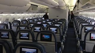 DELTA THROUGH THE STORM  HONOLULU-LOS ANGELES  BOEING 767-30...