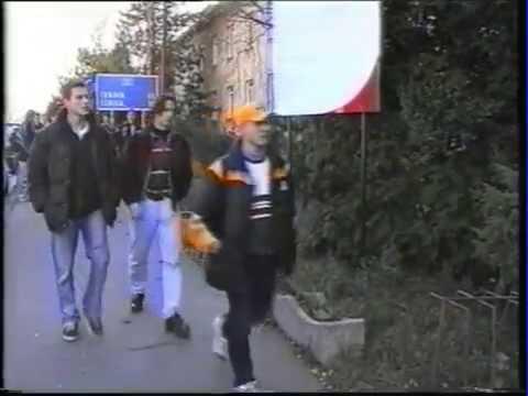 1996 - Prví chlapci - športovci na SSOŠ HUMANUS VIA Holíč