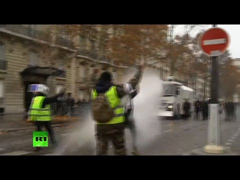 Police unleash water cannon on 'Yellow Vests' protesters in Paris