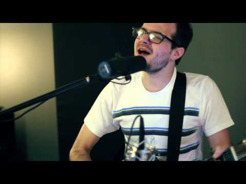 this guy's voice is INSANE. incredible cover of Alanis Morissette