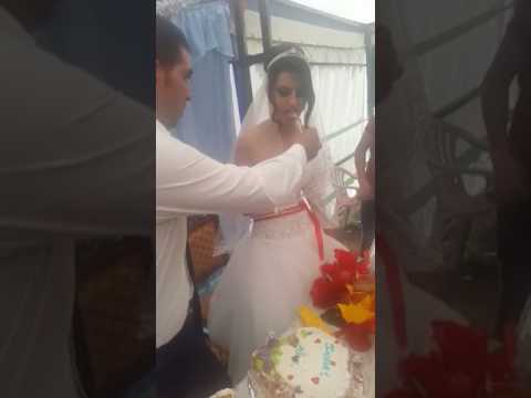 Husband Wife's Brutal Hilarious Fight At Wedding Scene