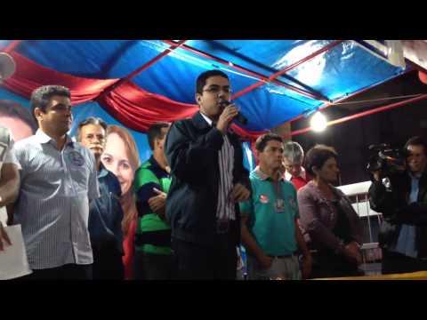 Rodrigo Costa participa de comício em Miradouro