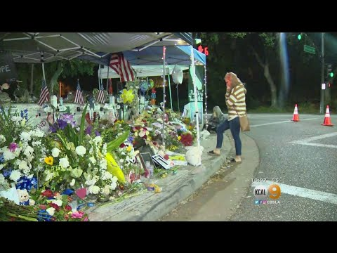Borderline Bar Victims Remembered At Memorial On Thanksgiving