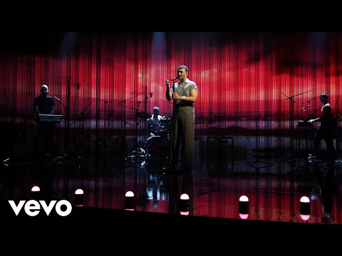Video Sam Smith - To Die For (Live On Graham Norton) download in MP3, 3GP, MP4, WEBM, AVI, FLV January 2017
