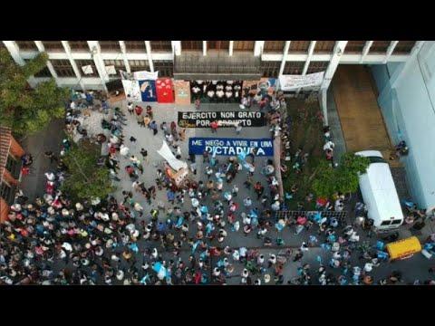 Μεγάλη διαδήλωση κατά της κυβερνητικής διαφθοράς
