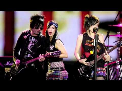 Tekst piosenki The Veronicas - Advance Australia Fair po polsku