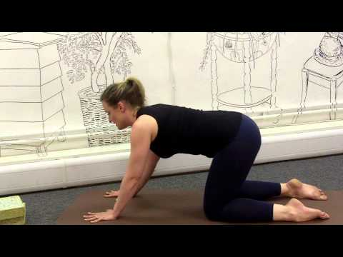 How to Relieve Back Pain Associated With Your Pregnancy : The Best Yoga Exercises
