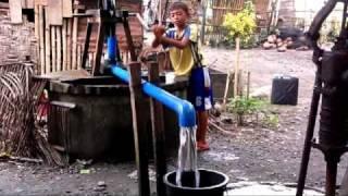 PASALI Rope pump.mpg