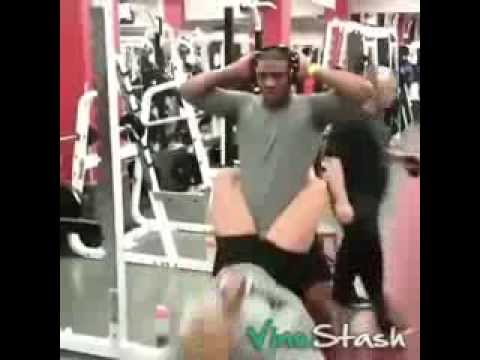 Tập Gym mà được như này chắc em thành lực sỹ rồi quá