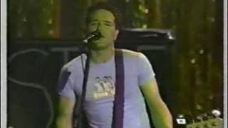 blink-182 - Going Away To College (At Mtv Sports Music Festival 1999) (Live)