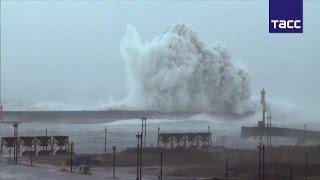 """Разрушительный тайфун """"Меги"""" обрушился на Тайвань и на побережье Восточного Китая"""