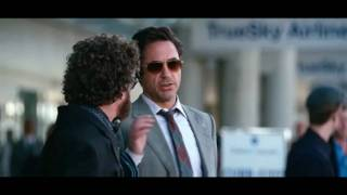 Due Date - Official Trailer [HD]
